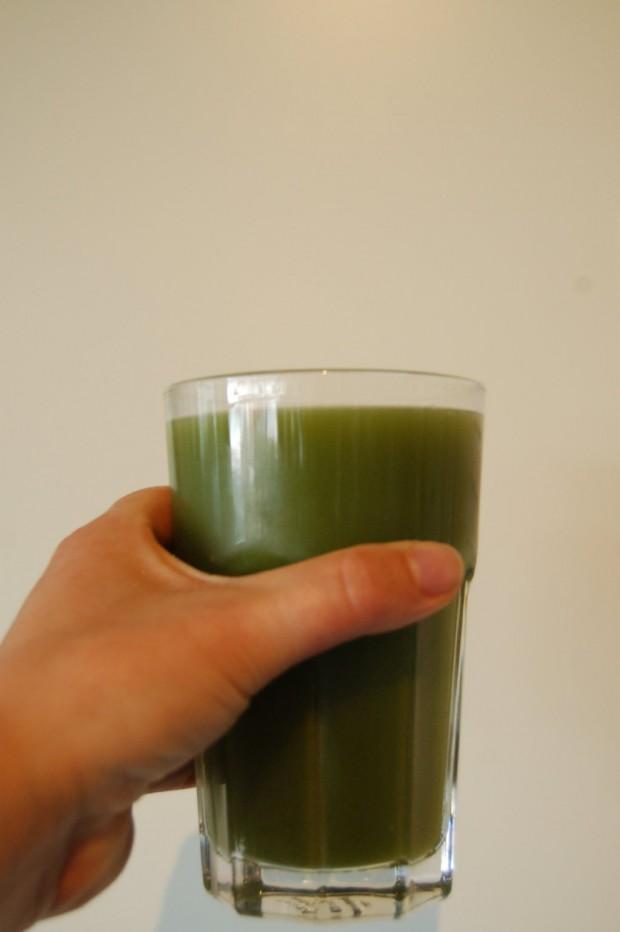 Groene slowjuice