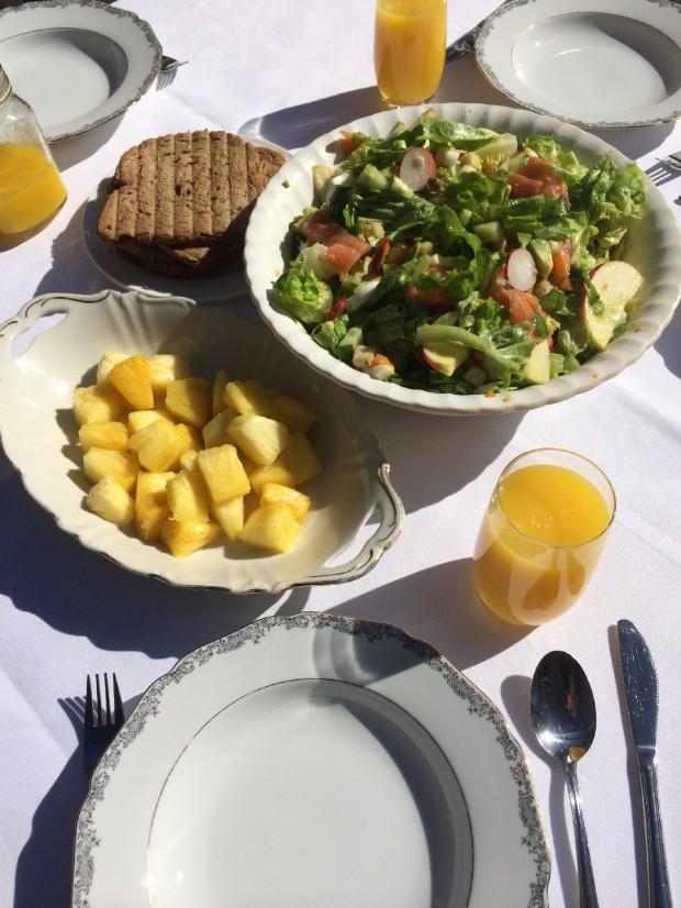 Lente salade met zalm