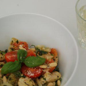 Skinny courgette pasta