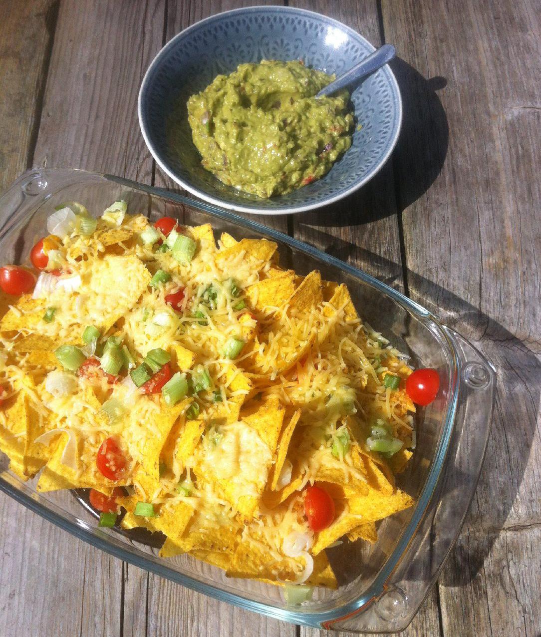 Populair Nacho's met verse guacamole - FOOD I LOVE @BL85