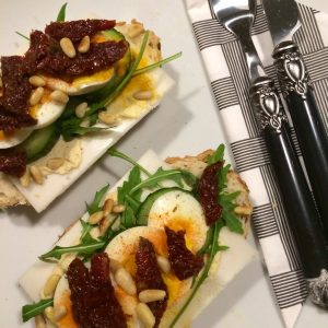 Gezonde open faced sandwich