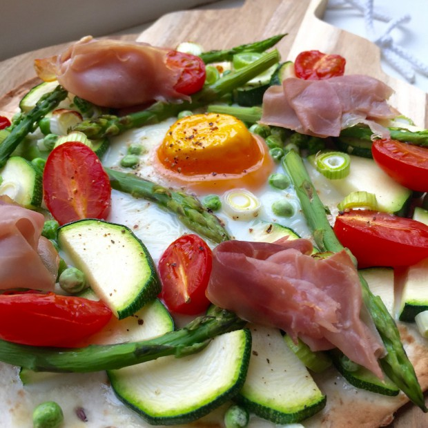 Spring wrap pizza