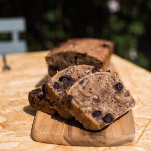 Bananenbrood met chocola en pecannoten