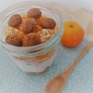 Sint ontbijtje met pepernoten en mandarijn