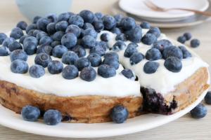 Bananenbrood taart met blauwe bessen 1