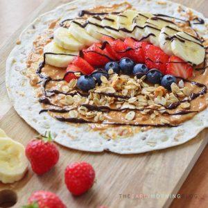 Ontbijtwrap met pindakaas, banaan en chocolade