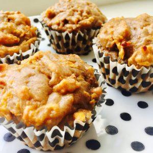 Zoete aardappelmuffins met kwark en banaan